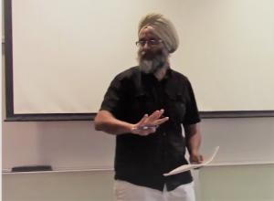 Professor Gurpreet Rattan lectures at UTM.